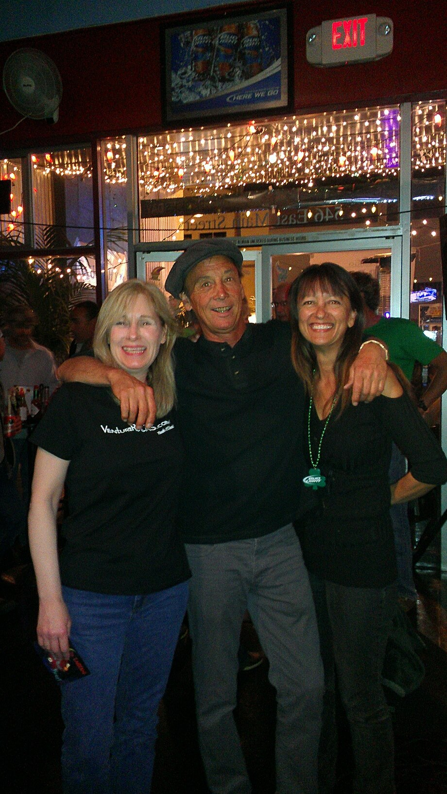 Eve and Pam of VenturaRocks.com with the Man, Spencer!